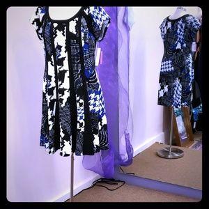 Robbie Bee Multi print midi Dress